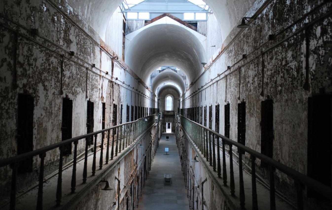 gratuitement la prison des sevices